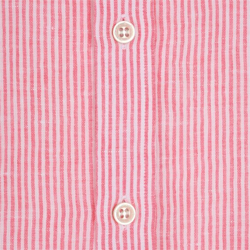 Striped shirt in pure linen. Embroidered dachshund on the left side.